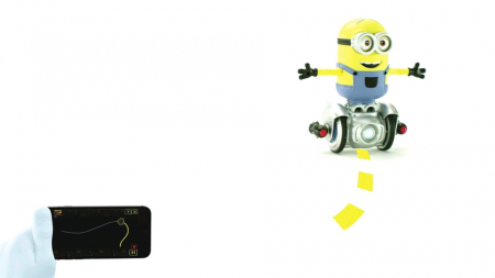 在小黄人可爱的外表下,它拥有手势识别功能,360度可自由旋转的变速